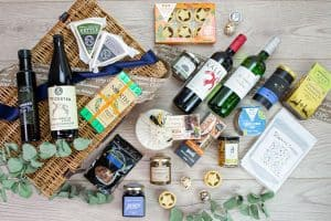Festive Earsdon Luxury Christmas Hamper