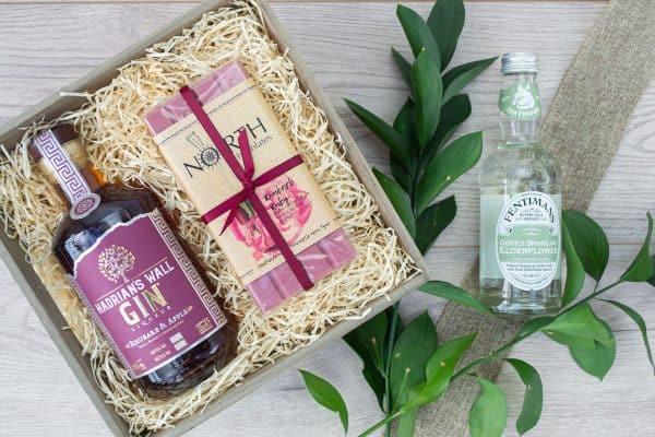 Hadrians Wall Rhubarb & Apple Gin Liqueur