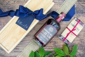 Hadrian's Wall Sloe Gin & Chocolate Box
